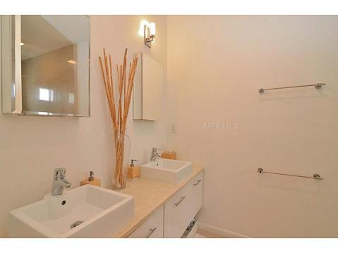 Barcelona Lofts Modern Condo For Sale in Tampa, Florida