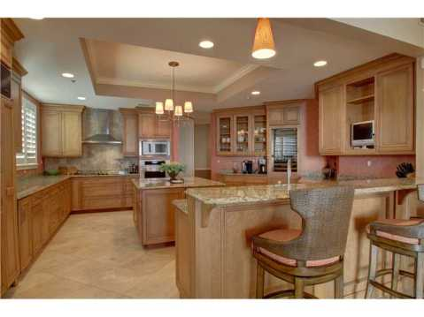 Beachfront Vizcaya Condo with Wraparound Terrace for Sale:  Gourmet Kitchen