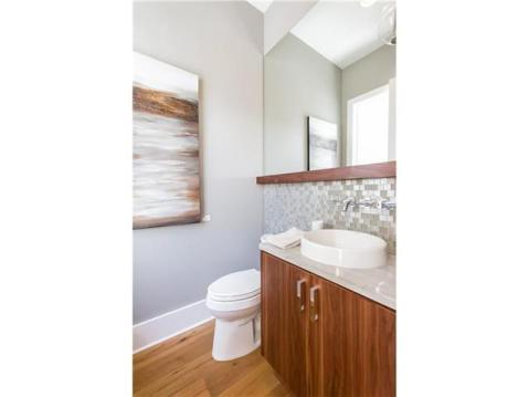 2014 Parade of Homes Modern Furnished Model Home For Sale on Davis Island:  Guest Bathroom